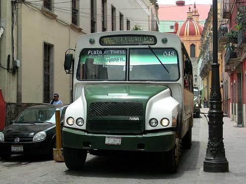 DINA Bus