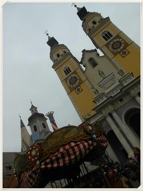 Duomo di -Bressanone e giostrina