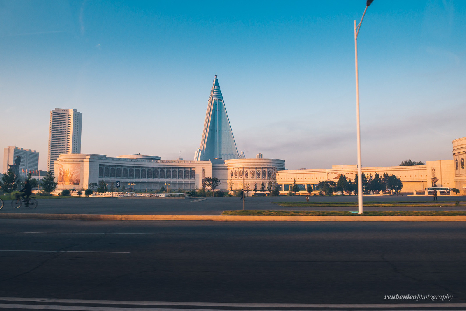 Ryugyong Hotel and Fatherland Liberation War Museum