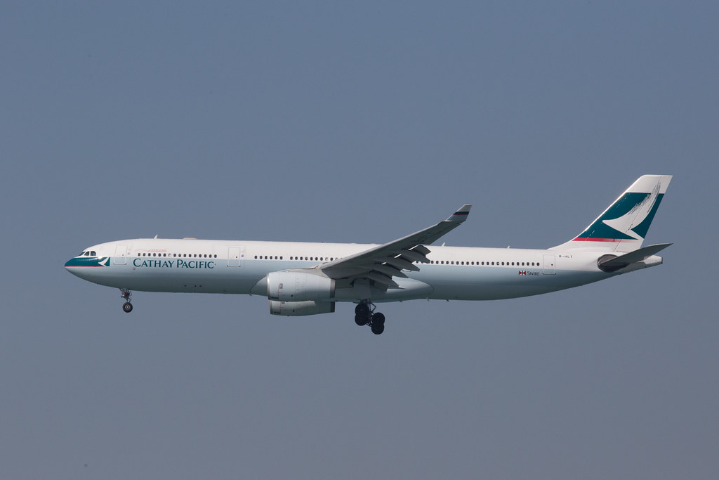 Cathay Pacific Airbus A330 B-HLT