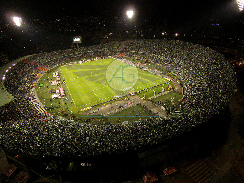 Partido de Fútbol Nacional vs Jaguares. Estadio Atanasio Girardot, Medellín