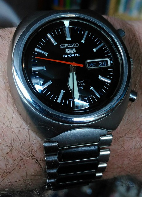 Let us see your Seikos  - Page 2 25737462510_6ded54a7ef_z