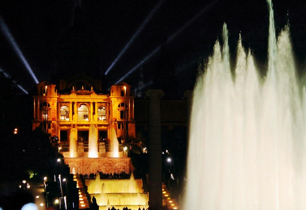 Drawing Dreaming - roteiro para visitar Barcelona - Montjuic - Fonte Mágica