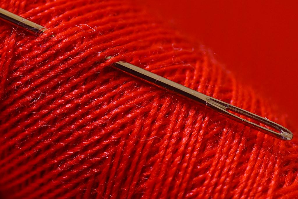 (HMM) Red Threads