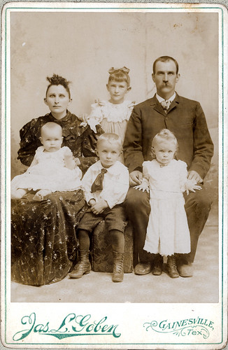 Grannie Strader family of 6