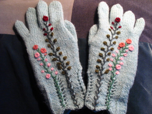 Knitted gloves with embroidery | by Freddy65