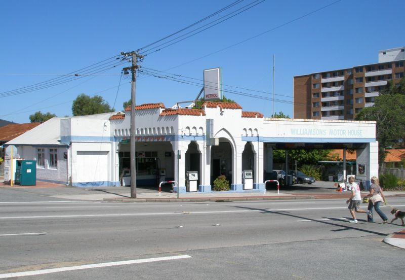 Williamsons Motor House Sml