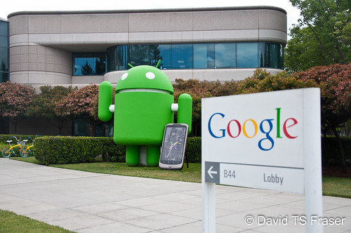 Android statue at the Googleplex | by HaliUser