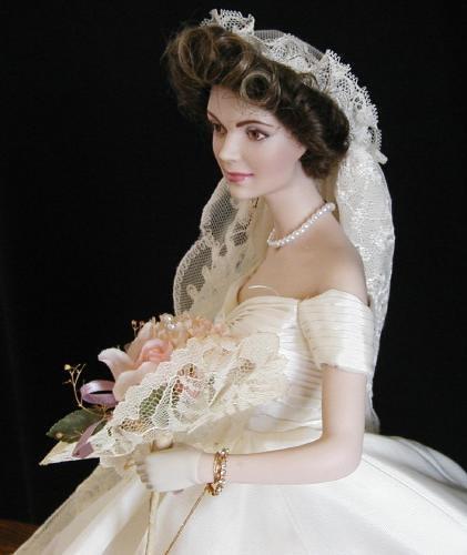 Jacqueline kennedy wedding dress 2 golondrina411 flickr for Jackie o wedding dress designer