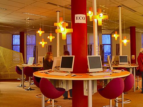 Modern Classroom Lighting ~ Roc de leijgraaf computerruimte een in