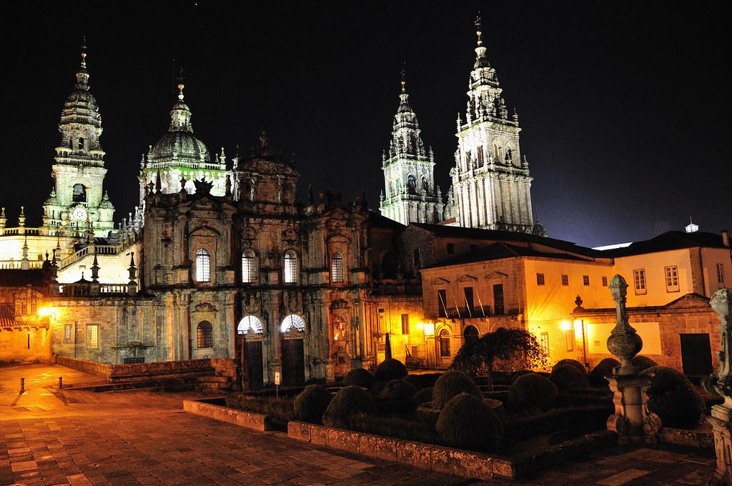 La Catedral de Santiago de noche