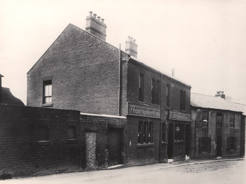 030364:Shipwright's Arms St Lawrence Road Byker 1898