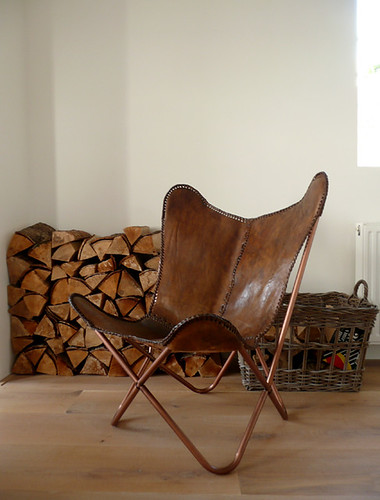 leather butterfly chair | by the style files