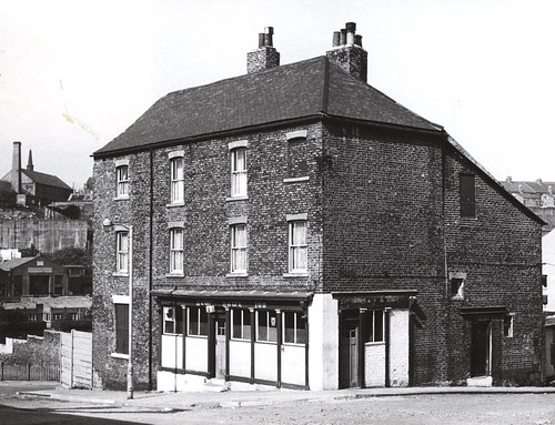 030369:New Hawk Inn Byker Bank Byker 1966