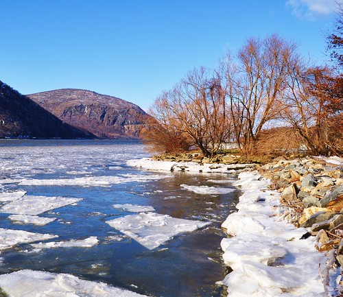 Hudson River - Cold Spring , N.Y. | by Rnoltenius