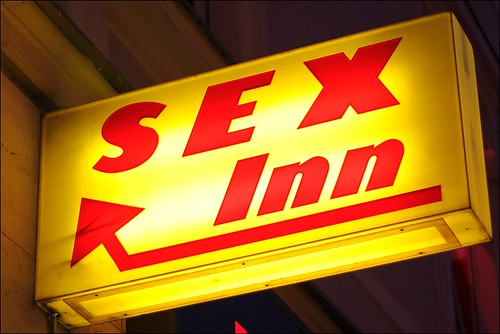 sex inn | by loop_oh