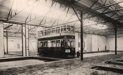 041458:B class tram no.270 Byker Depot paintshop Byker Unknown 1926