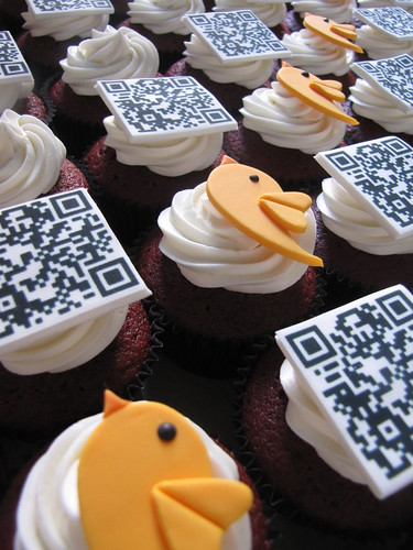 Twestival Montreal Cupcakes | by clevercupcakes