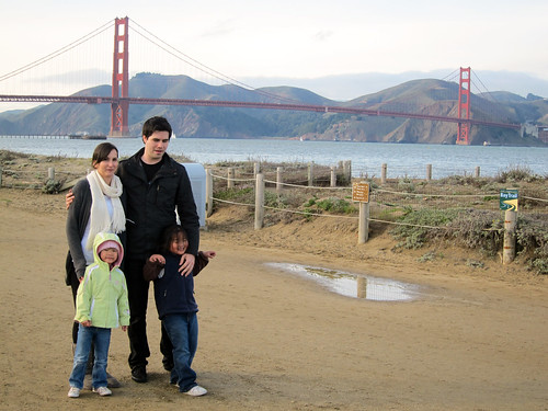 20100102kelsey and michael and the girls at gg bridge0980 | by Donna & Andrew