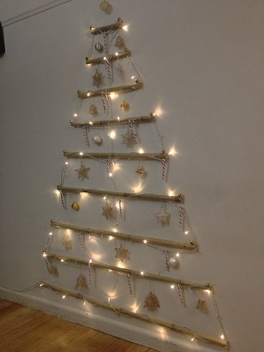 Vianne s RL 2D Wall Christmas Tree Using Bamboo, fishing w? Flickr