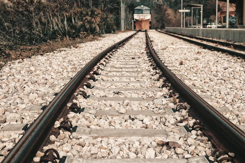 Иллюстрация железнодорожной развилки
