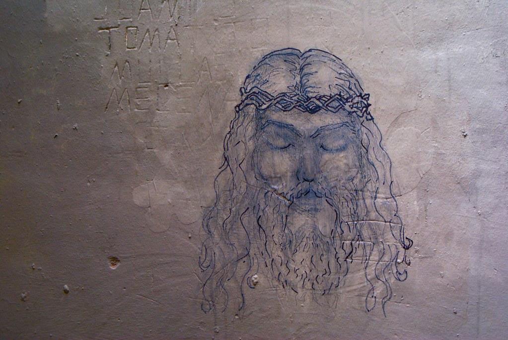 Jésus aussi s'invite sur les murs de Barcelone.