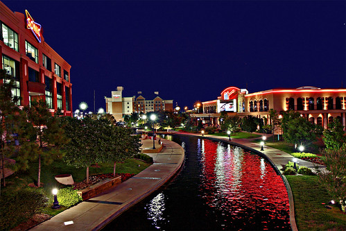 Toby Keith's Bar & Grill along the Oklahoma City Bricktown Canal | by www.ipernity.com/home/tomfs