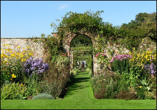 Gardens, Gunby Hall, Lincolnshire | by Lincolnian (Brian) - BUSY, in and out