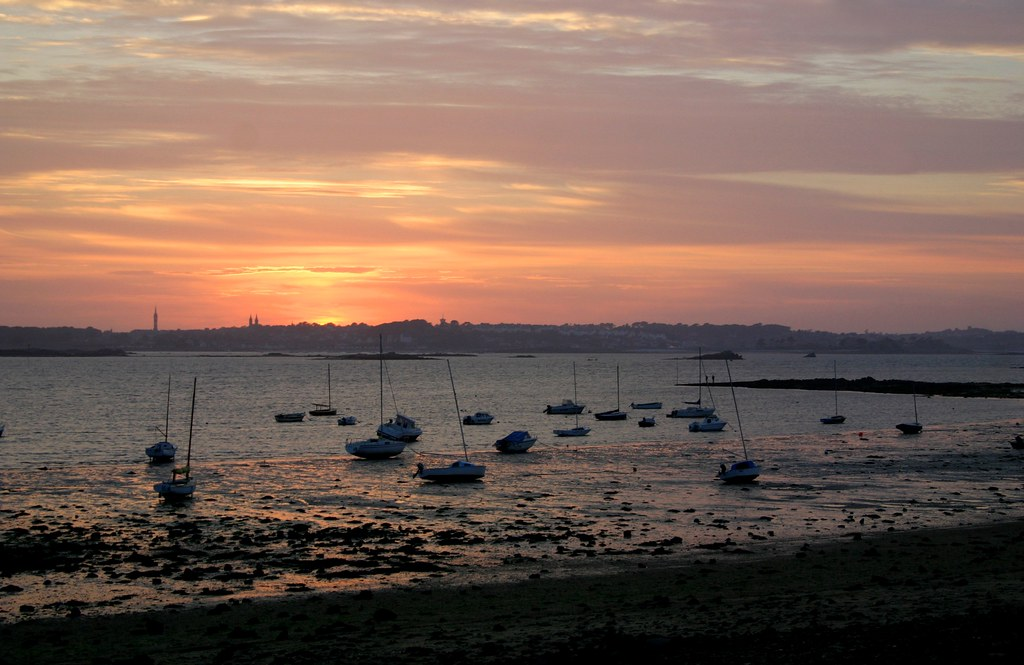 Sunset towards Roscoff