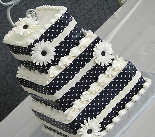 3 tier square wedding cake pans three tiered square wedding cake three tiered square 10257