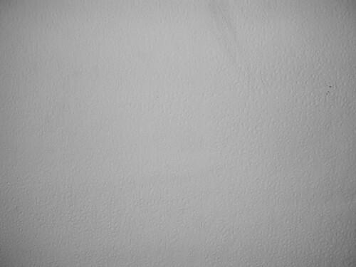 mur avec papier peint cr pi blanc yseult dyseult un d ta flickr. Black Bedroom Furniture Sets. Home Design Ideas