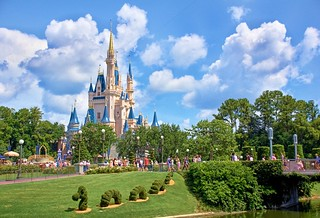 Disney - Cinderella Castle and Dragon Topiary | by Express Monorail