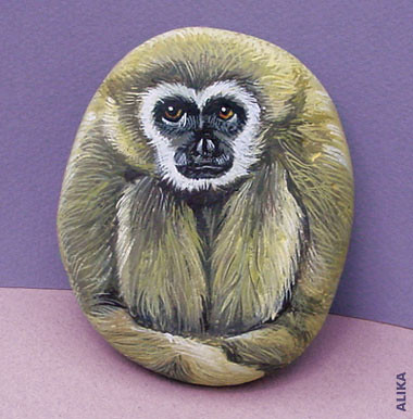 Hand painted rock. Gibbon | by Alika-Rikki