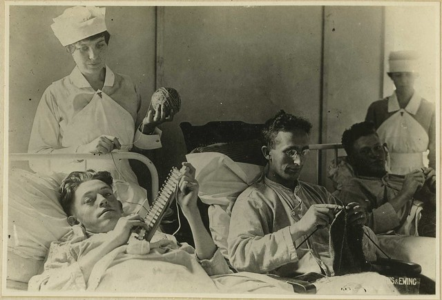 Bed-ridden wounded knitting at Walter Reed (Reeve 041457), National Museum of Health and Medicine
