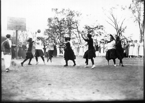 Western College on College Day 1912