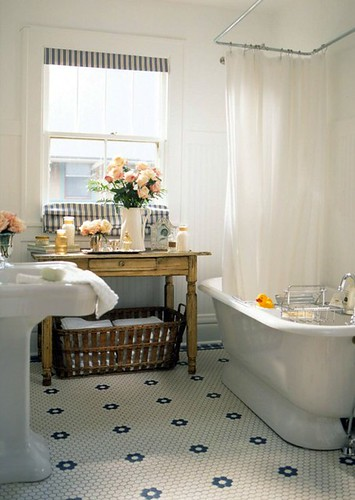 Country Bathroom | by decorology