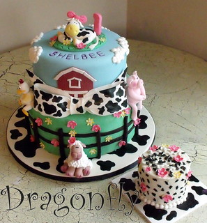 Barnyard Cake | by Signature SugarArt