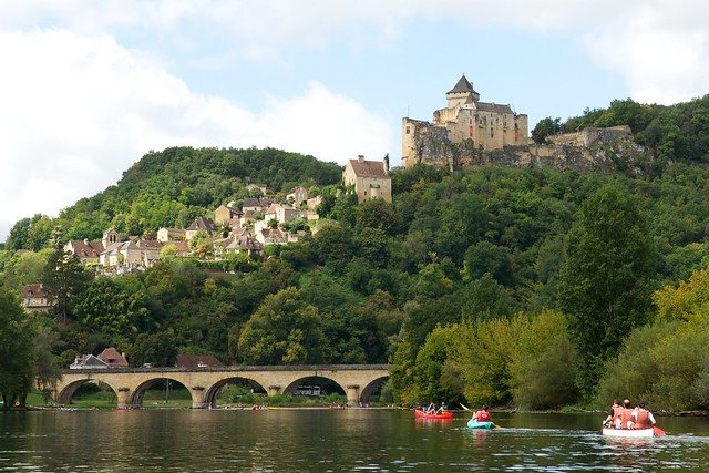 Approaching Castelnaud