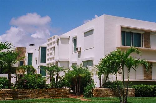 South Beach Apartments Reviews
