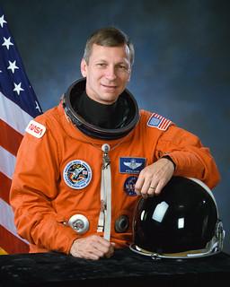 Astronaut Steven R. Nagel in Launch/Entry Suit (LES), NASA photo (7 Dec. 1992) 14976592846_674350c16b_n.jpg