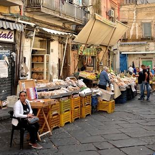 The mercato di porta nolana is a rough area but safe duri - Mercato di porta nolana ...