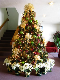 Grapevine Purple and Green Themed Christmas Tree | by Mastery of Maps