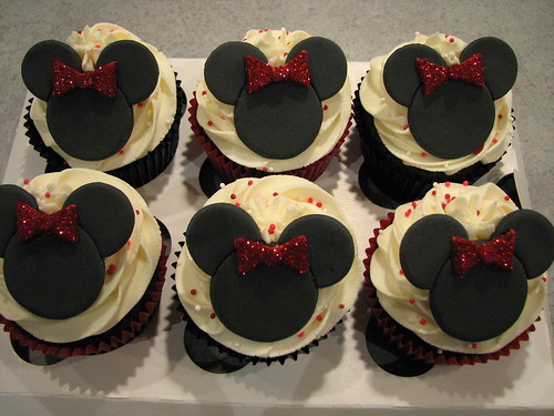 Minnie Mouse Cupcakes | by Made With Pink