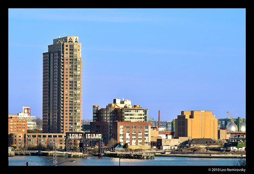 "View onto Hunters Point, Queens (Gantry Park ""Long Island"" Sign) 