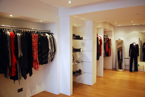 Mia Store Shots | by picto:graphic