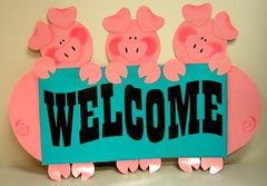 Welcome Piggies | by Enokson