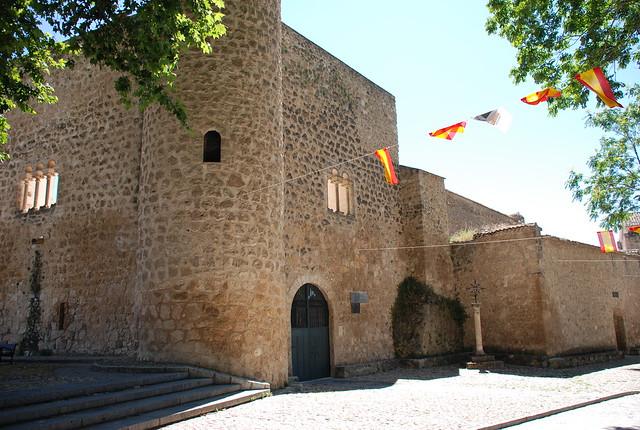 Castillo de la piedra bermeja