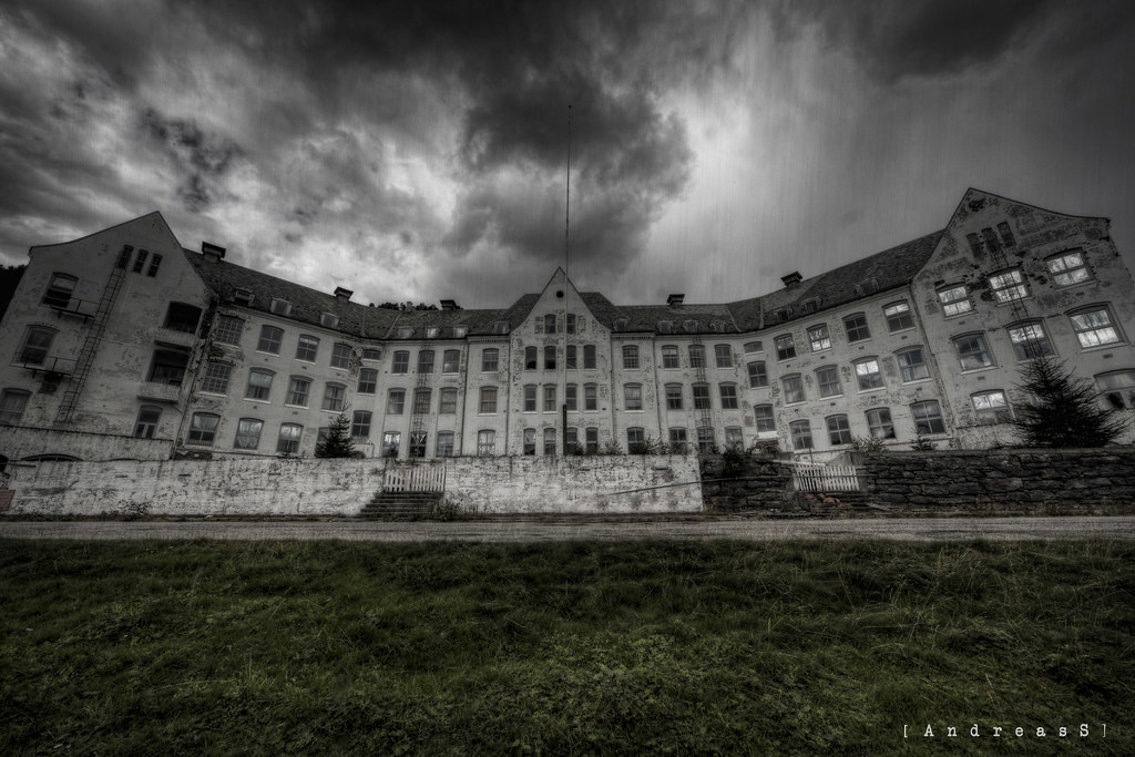 The Overlook Sanatorium on a rainy day