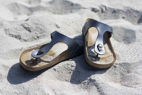 Gizeh Onyx in the sand in NC | by Birkenstock USA