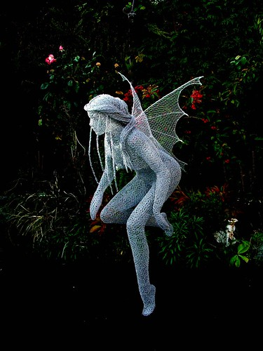 "Derek Kinzett-Wire Sculpture-""Sprite In Flight"" commission 2010 